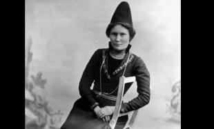 Elsa c 1906